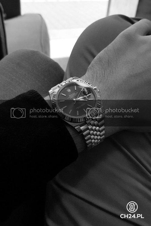 ch24pl_rolex_datejust41_wrist.jpg