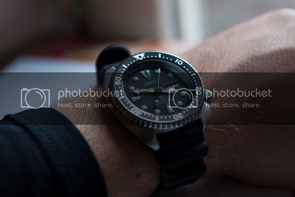 seiko_srp777_turtle_wrist.jpg