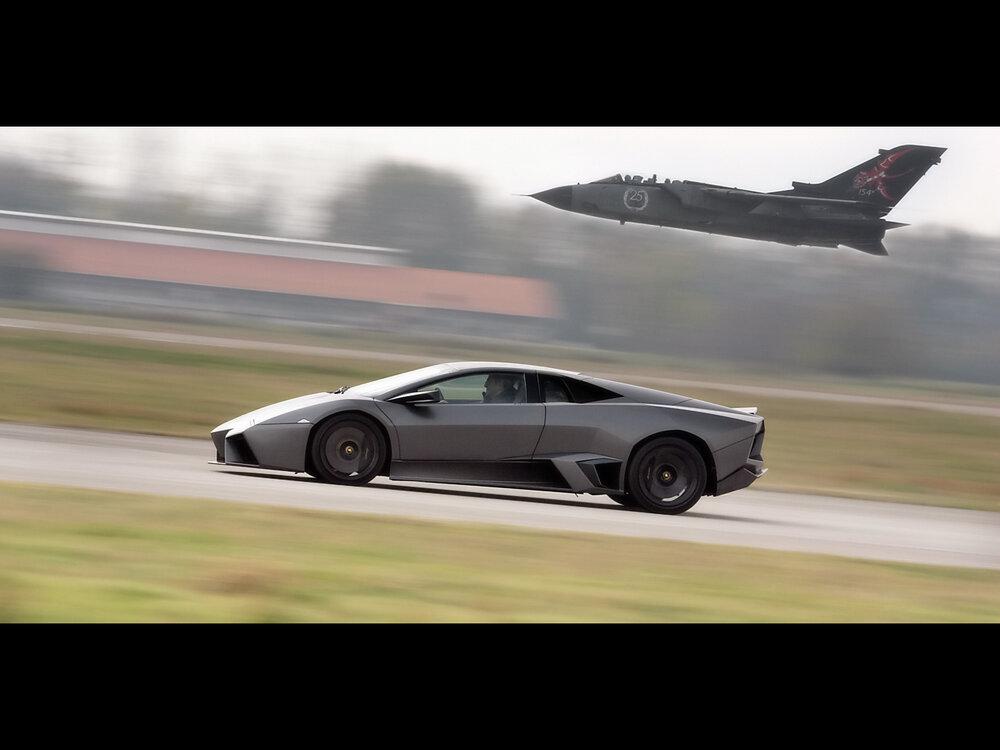 2008-Lamborghini-Reventon-vs-Tornado-Jet-Fighter-Side-Speed-Tilt-1280x960.jpg