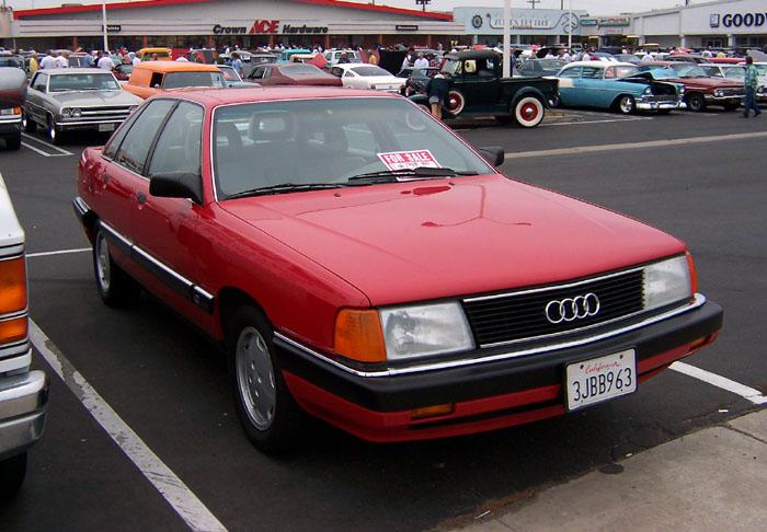Audi_100.jpg