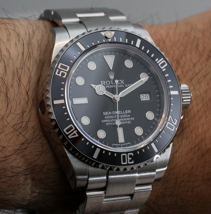 Rolex-Sea-Dweller-4000-116600-watch-2.jp