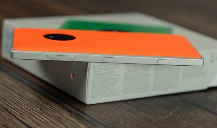 lumia-830-review-raqwe.com-03.jpg
