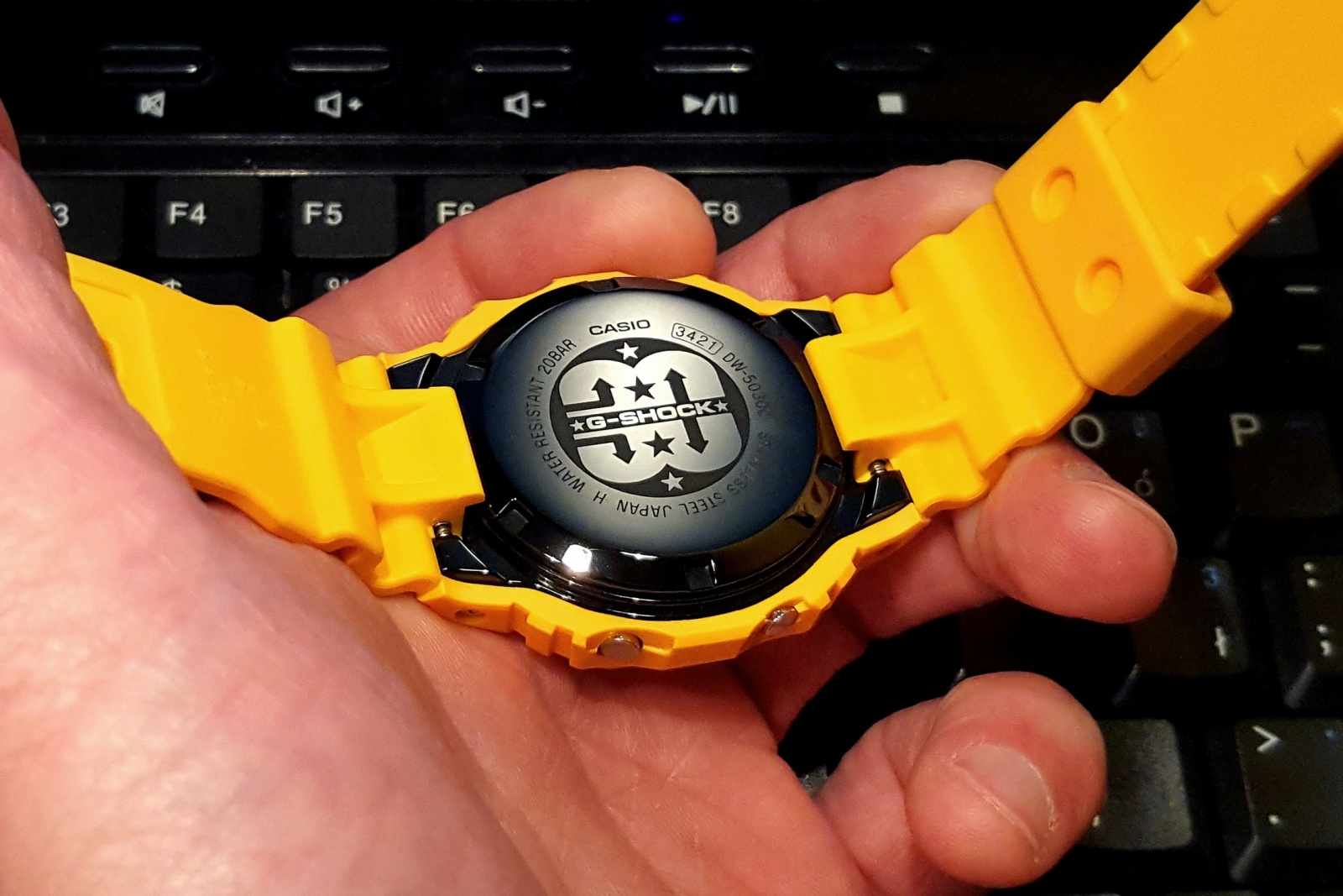 CASIO G-SHOCK DW-5030 BACK
