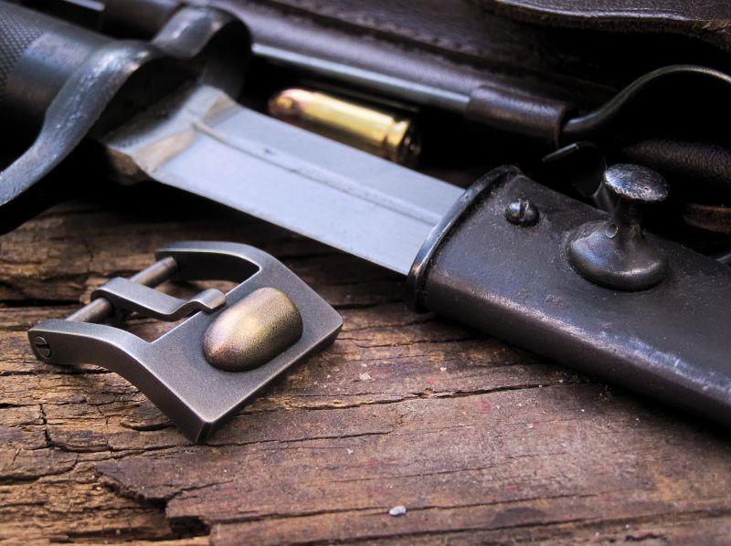 Klamra   9mm Bullet