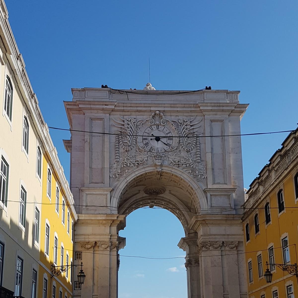 Zegar wierzowy w Lisbonie