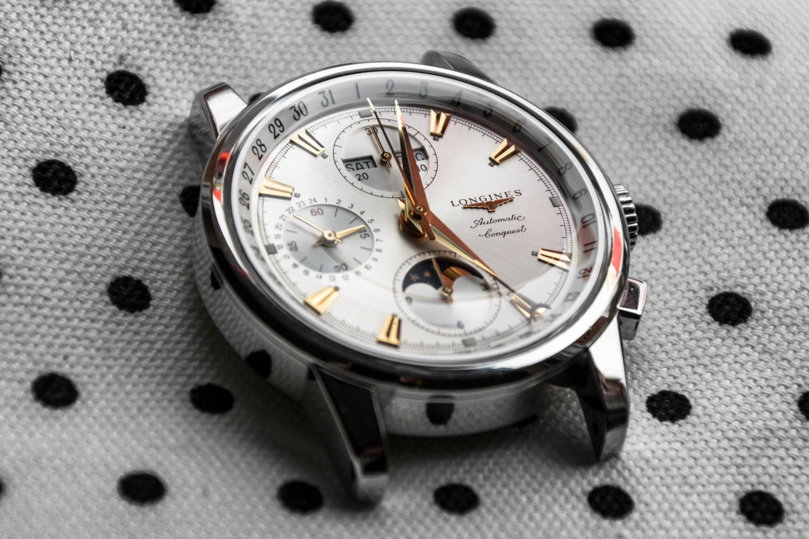 Longines Conquest Heritage Moonphase Chronograph L1.642.4