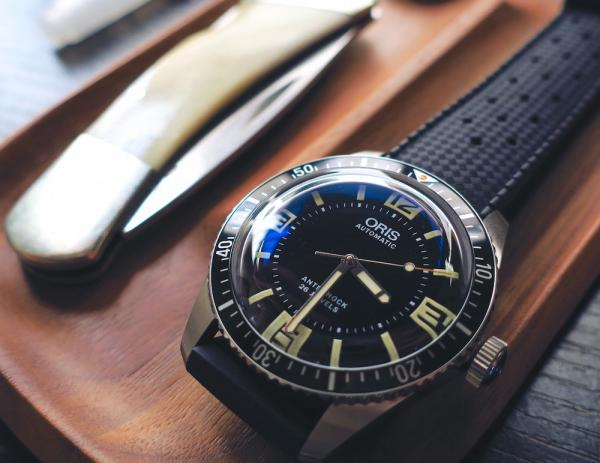 Oris-Divers-Sixty-Five-Topper-Edition.jpg