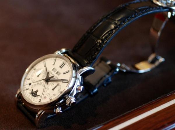 Patek-Philippe-Split-Seconds-Chronograph-Perpetual-Calendar-Platinum-650x483.jpg