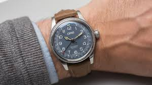 oris big crown pointer date.jpg